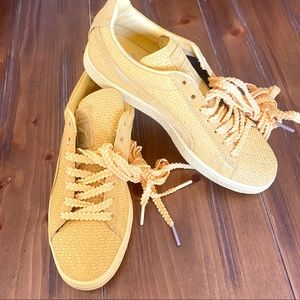 NIB PUMA Suede Classic Snapdragon Gold Sneakers 8